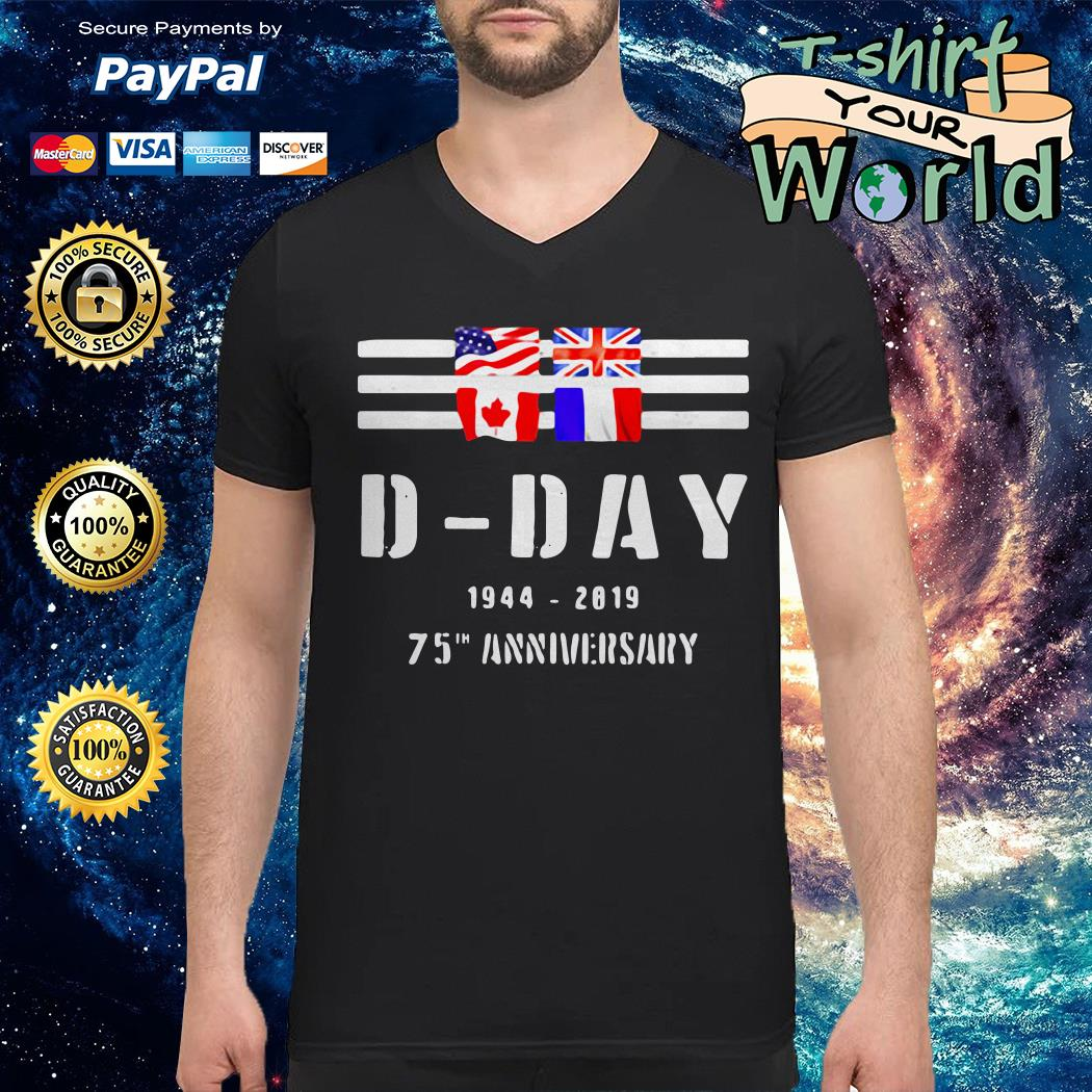Wwii d-day 75th anniversary V-neck t-shirt